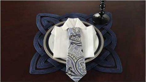 Piegare Asciugamani Forme : Come piegare i tovaglioli a forma di camicia e cravatta towel