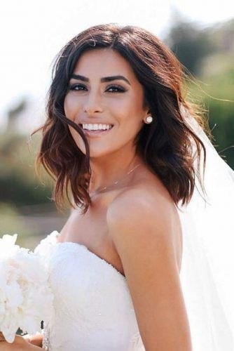 Wedding Hairstyles With Veil Short Dark Hair Thestudioagency