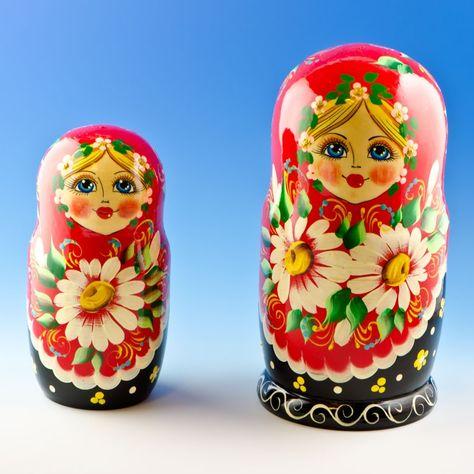 Matryoshka Matrioska Russian Nesting Doll Babushka Lilac Camomile Flowers 5 pc