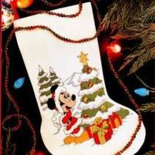 10L 14 Count White Aida Cloth Dimensions Mickey Mouse Christmas Stocking Counted Cross Stitch Kit for Beginners