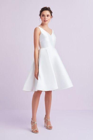 Beyaz Askili Saten Duz Kisa Nikah Elbisesi Oleg Cassini Sirin Elbiseler The Dress Elbiseler