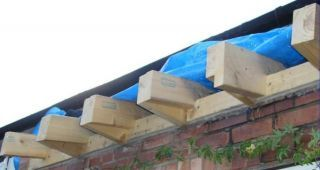 Build A Pitch Roof Diy Building Roofing Diy Pitched Roof Roof