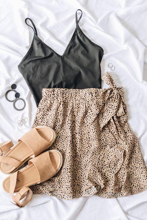 The Copper Closet Fashion Boutique Clothing Affordable Style Woman S ~ the copper closet fashion boutique kleidung erschwinglicher stil frau s. ~ the copper closet fashion boutique clothing affordable style woman s Hijab Casual, Cute Casual Outfits, Cute Summer Outfits, Outfit Summer, Autumn Outfits, Summer Clothes, Cute Outfits With Skirts, Boho Spring Outfits, Comfortable Summer Outfits