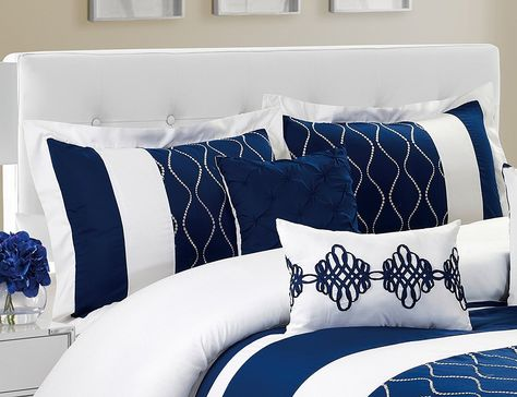 Bring A Touch Of Class Into Your Bedroom With This 7 Piece