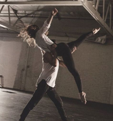 Belly Dancing Classes In San Antonio Couple Goals Cuddling, Shotting Photo, Belly Dancing Classes, Dance Choreography, Lyrical Dance, Dance Leotards, Alvin Ailey, Boris Vallejo, Royal Ballet