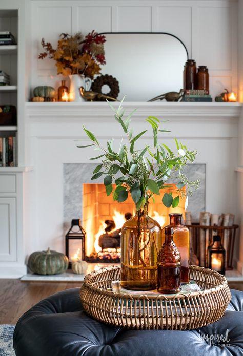 Cozy Fall Mantel Decor Ideas #fall #mantel #decor #ideas #falldecor #decorating #manteldecor #autumn #ideas #cozy