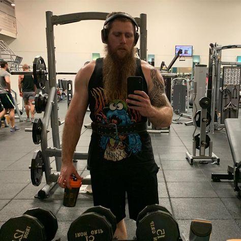 Did Legs Upper Body Pic Bodybuilding Workout Gym Fitness Tattooedfitlife Tatteddad Beard Epicbeard Fitness Epic Beard Upper Body
