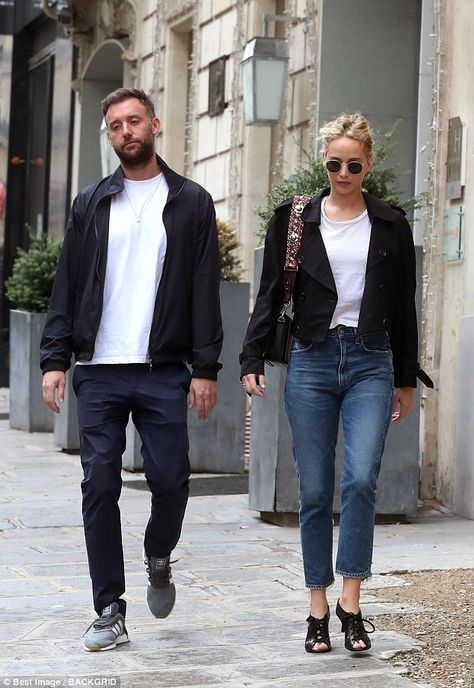 Low-key: The Mother! star swept up her trademark blonde tresses into a messy bun and tried... #jenniferlawrence