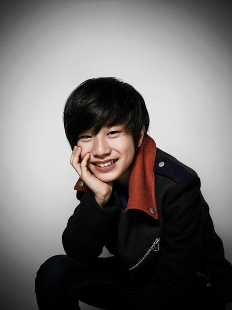 Bang Yedam sign into YG Entertainment