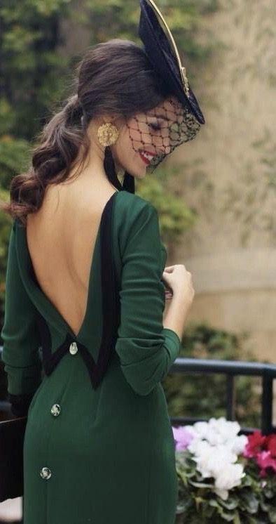 Pin Von Liveyourdreams Auf ɠrҽҽղ卄ome բaʂʜɪѳɴ Paris Modestil Vintage Outfits Ausgefallene Kleider