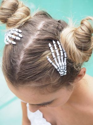 Set Of 2 Skeleton Hand Hair Clips Rita Lane Vintage Hair Clips Hair Skeleton Hands