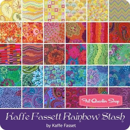 Freespirit fabrics 100/% cotton PINKS Kaffe Fassett 4 Fat Quarter bundle