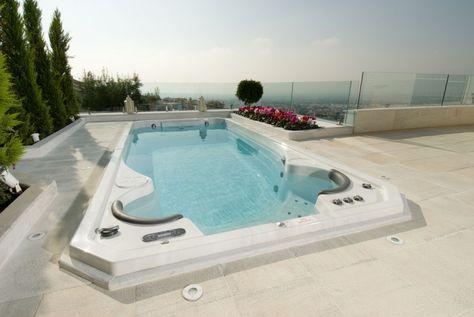 Retrouvez un Spa de nage installé en Grèce cumulant le sport grâce à la nage à contre-courant et la détente grâce aux assises de massages. Une réalisation à découvrir sur le blog de Clair Azur.