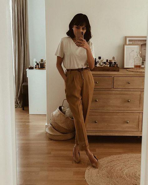 "Dita Sherlock on Instagram: ""Weekend outfit! Shoes @jonak"""