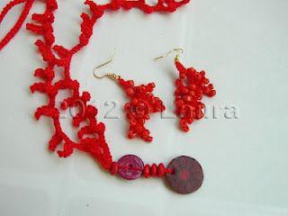 Laura fa: Collana e orecchini corallo