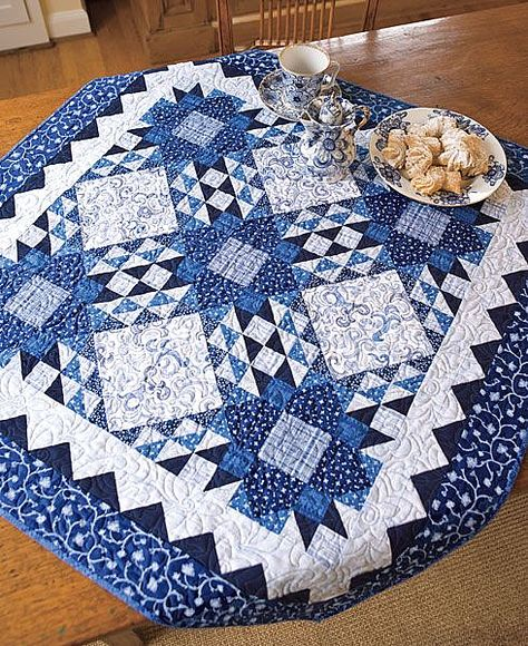 Two Color Quilts, Blue Quilts, Small Quilts, Mini Quilts, White Quilts, Table Topper Patterns, Quilted Table Toppers, Table Runner And Placemats, Quilted Table Runners