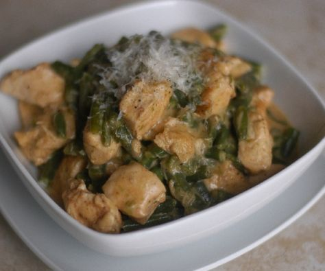 Have a delicious dinner of creamy chicken and green beans on your family's table in 15 minutes! http://stalkerville.net/