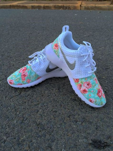 Nike womens running shoes are designed with innovative