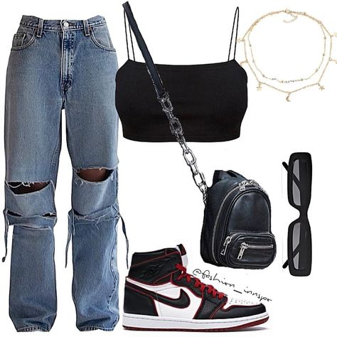 on heres 3 ways you could style the jeans the last one isnt the best moda personalstylist the street style crowd dressed up denim with fancy tops at paris couture week Cute Casual Outfits, Swag Outfits, Mode Outfits, Retro Outfits, Casual Jeans, Polyvore Outfits Casual, Kpop Outfits, Korean Outfits, Polyvore Fashion