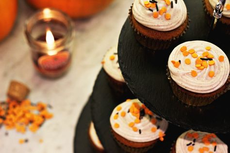 Zoella | Pumpkin Spiced Cupcakes with Cinnamon Cream Cheese Frosting