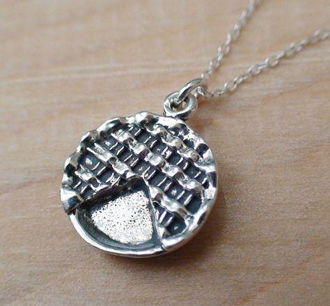 #cute necklace @Breanne Bolton Kostyk