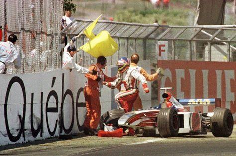 Jacques Villeneuve BAR 001 - Supertec (Renault) FB01 3.0 V10 (Canada 1999) #autoracingevents #auto #racing #events