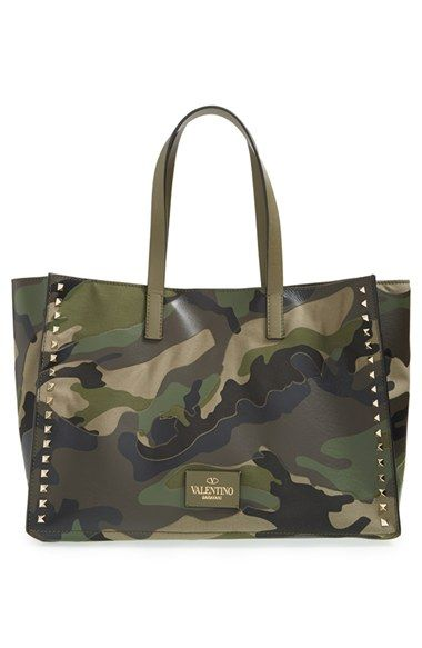 03bbf23f9ea1 MICHAEL Michael Kors Medium Jet Set Camo Travel Tote. I just got this bag  and I love it!!!!. It s perfect for Fall and Winter!