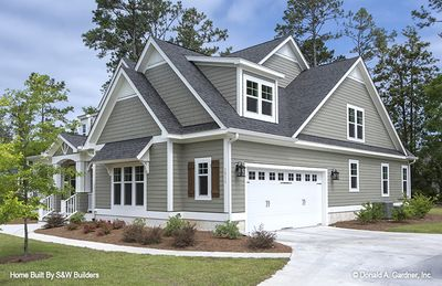 House Plan The Hinnman By Donald A Gardner Architects Craftsman Style House Plans Exterior House Remodel Craftsman House Plans