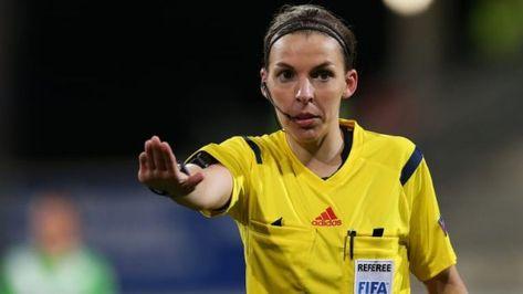 Officiel : Stéphanie Frappart arbitre de la Super Coupe de l'UEFA - Foot Mercato