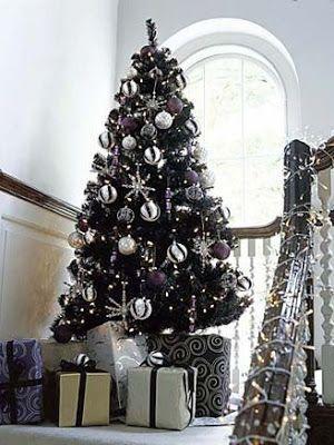 35 Black Christmas Tree Ideas Coz Everything Else Is Just Background Noise Hike N Dip Black Christmas Tree Decorations Black Christmas Trees Silver Christmas Tree
