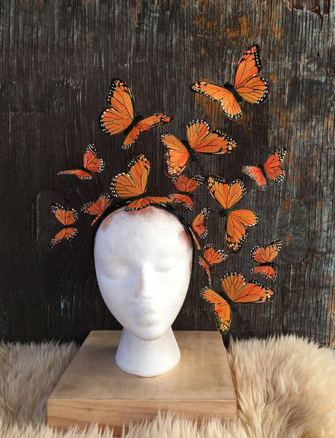 monarch-schmetterling-kostum-fascinator-kopfschmuck/ - The world's most private search engine Headdress, Headpiece, Monarch Butterfly Costume, Butterfly Halloween Costume, Steampunk Hut, Halloween Makeup, Halloween Costumes, Make Carnaval, Orange Palette