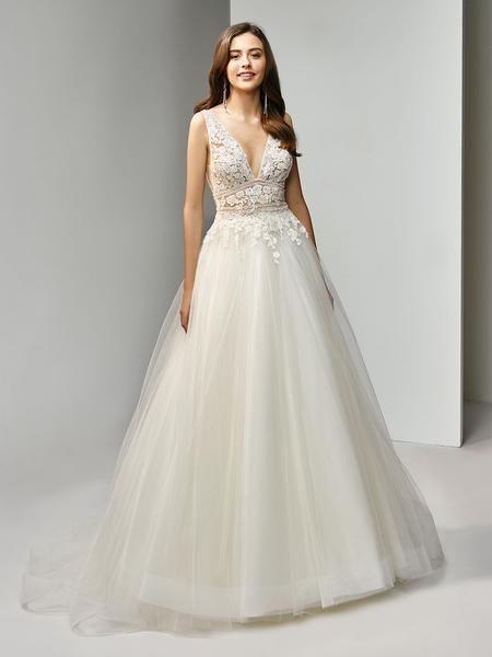 8d3fe55c989 DESSA 2019 brudekjole i 2019   Garden Wedding   Blonde brudekjole ...
