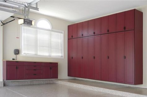 Photo Gallery Garage Cabinets And Slat Wall En 2020 Armoire