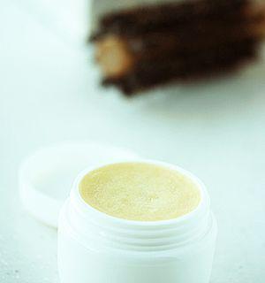 手作りアルガンオイルのヘアワックスのレシピ 作り方 手作り化粧品 ヘアワックス 手作りリップクリーム