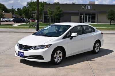 2013 Honda Civic Lx Sedan 5 Speed At Taffeta White 4 Doors 15950 To View More Details Go To Https Www Car Honda Civic 2013 Civic Lx Honda Civic