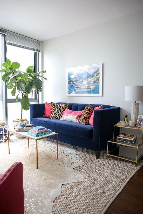 Fun Living Room Tour in Chicago's Gold Coast — bows & sequins ,  #Bows #Chicagos #Coast #Fun #Gold #Living #marblehouse #marblelivingroom #marblelockscreen #marblewood #Room #sequins #tour