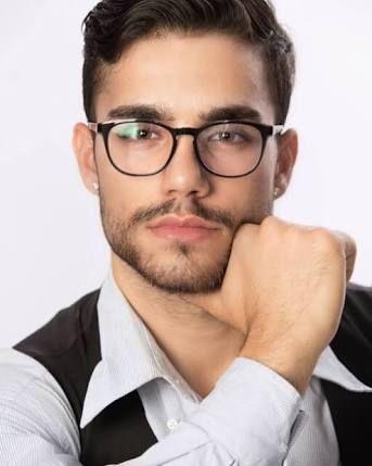 Pin De Otica Castro Em Otica Em 2020 Homens De Barba Fotos De
