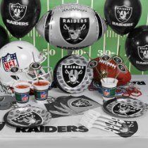 NFL Oakland Raiders Party Kit (88-Piece)