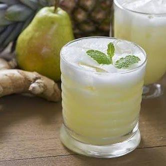 Suco Detox De Agua De Coco Abacaxi Hortela E Gengibre