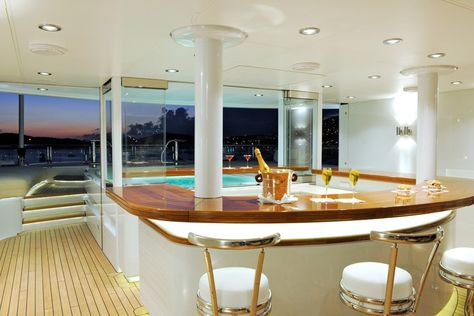 this is a pool inside of the quinta essentia yacht. quinta, Innenarchitektur ideen