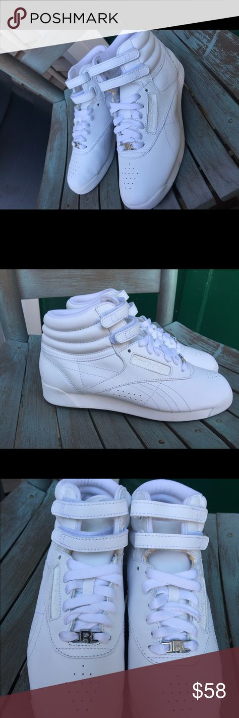 Reebok High Top White Velcro Leather Sneakers 6.5M Women s Reebok High Top  White Velcro Leather 2aa8563d1