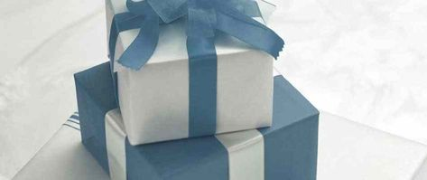 Advice on your wedding gift list. Our top tips include double-listing (one list in a department stroe and one online), how to choose a company to host your list, dealing with unwanted gifts, and the tricky question of asking for money. We cover common problems and how to avoid them.