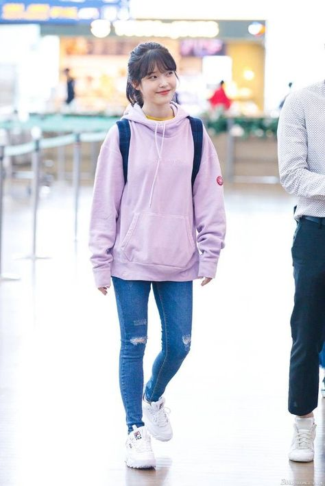 6 IU Fashion Outfits That Embody The Korean College Girl Look