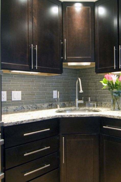 Grey kitchen with nice cabinet handles