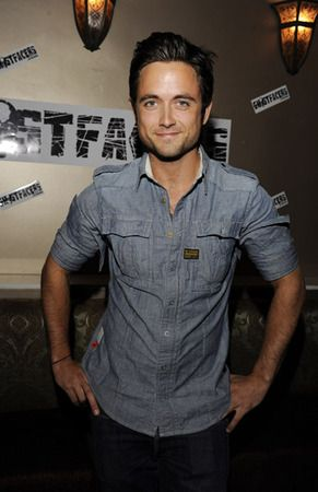 Justin Chatwin sexy