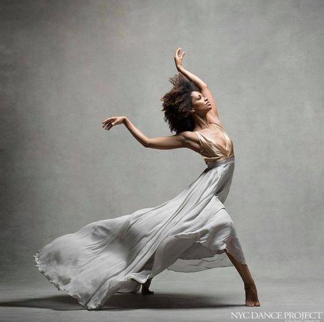 Fana Tesfagiorgis, Alvin Ailey American Dance Theater - NYC Dance Project (Deborah Ory and Ken Browar) Alvin Ailey, Modern Dance Photography, Dancer Photography, Photography Lighting, Ballet Art, Ballet Dancers, Ballerinas, Bolshoi Ballet, Dance Aesthetic