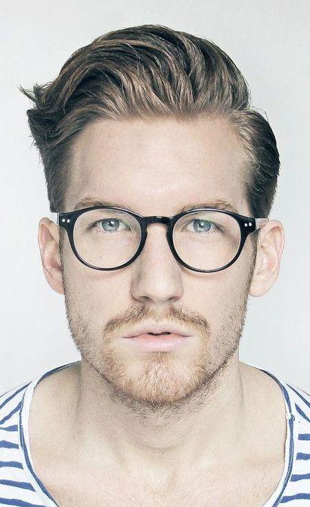 Beste Frisur Ideen Fur Manner Mit Brille Frisuren Mit Brille Manner Mit Brille Frisuren Ovales Gesicht