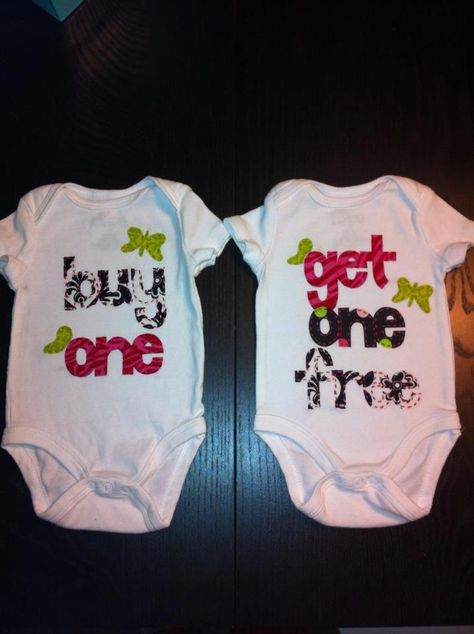 Unique Baby Unisex Shake Your Tail Feather Thanksgiving Layette Set