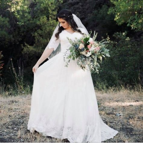 """Gowns by Pamela on Instagram: """"Love everything about these photos😍 PC: @marinarussellphotography . . . . . . . #gownsbypamela #gbpbride #bridal #utahwedding…"""""""