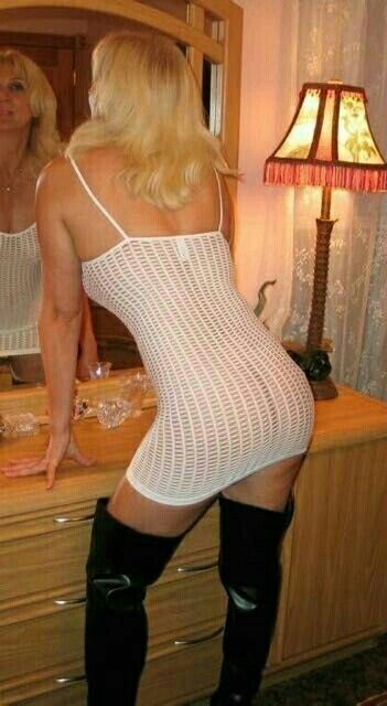 Pics Of Mature Wives